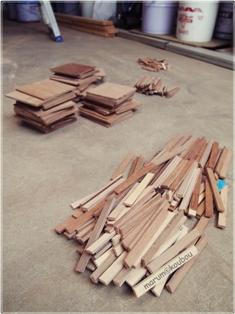 木枠量産中